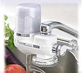 高性能小型浄水器アクアサーバーSDX:農薬・鉛・残留塩素・トリハロメタンを強力に除去します!
